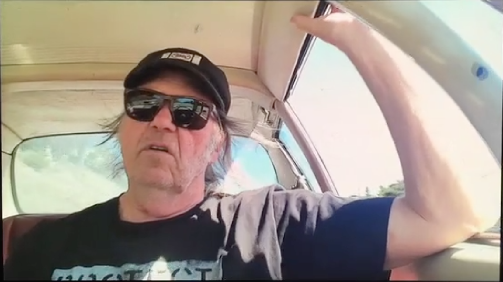 Neil Young – Indian Givers